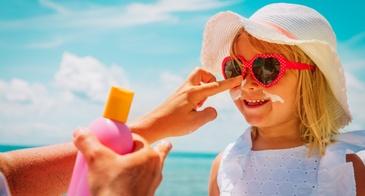 little girl sunscreen